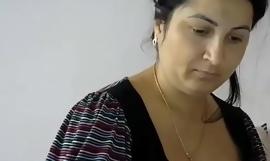 Juicy kisses live cam