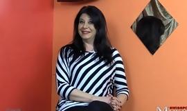 Porno Interview mit MILF Leandra - SPM Leandra35IV01