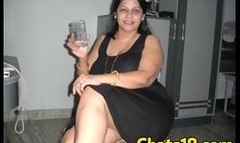 Madura adorando verga latina acaba mamando bien lento rico