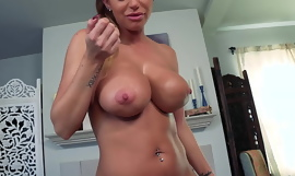 Pleasing My Cheating Stepmother: Brooklyn Chase Begs for Creampie POV