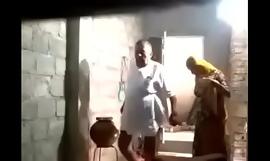 Indian aged alms-man fucking randi