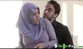 Slow-witted Prexy Arab Legal age teenager Aaliyah Hadid Ass-Fucked In Her Hijab