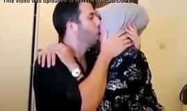 cewek jilbab cantik kencan sama bule, full >> xvideos ouo fuck video yU256