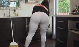 BANGBROS - My Dirty Maid Got a Big ol' Ass! (mda13899)