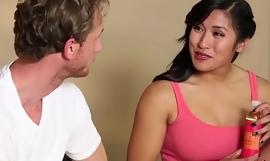Asian babe gets cumshot