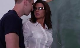 Stockinged sex school veronica avluv fuck in class