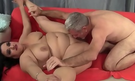 Plumper beauty bouncing on a hard dick
