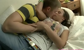 Horny amateur Chica get pounded hard in box hard after giving joyful blowjob